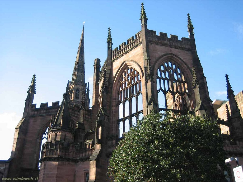 foto_inghilterra_001_Coventry_Cathedral_Ruins